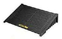 RAMPAS PARA COBERTIZOS ANTIDERRAMES JUSTRITE 28679 EcoPolyBlend™ DrumSheds™ COLOR NEGRO