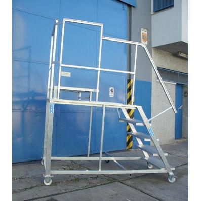 Escaleras de aluminio escaleras mantenimiento industrial for Tipos de escaleras de aluminio